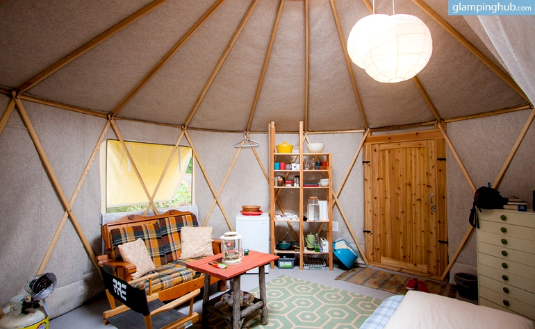 3 Places to Glamp this Fall 1